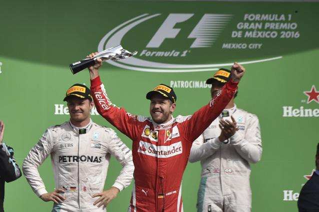 F1 | Clamoroso in Messico: Vettel penalizzato, Ricciardo sul podio