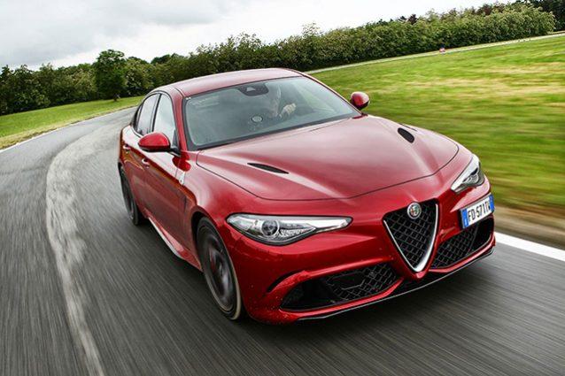 Alfa Romeo Giulia 'bendata': tenta giro di pista record a Silverstone