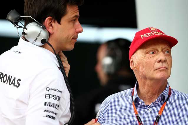 F1, Roseberg campione del mondo: Hamilton ko. Vettel-Ferrari chiudono bene