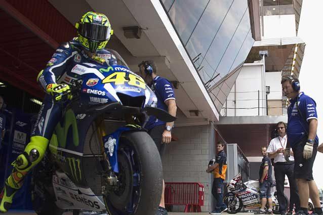 MotoGP | Marquez con la Honda sulle nevi di Kitzbuhel