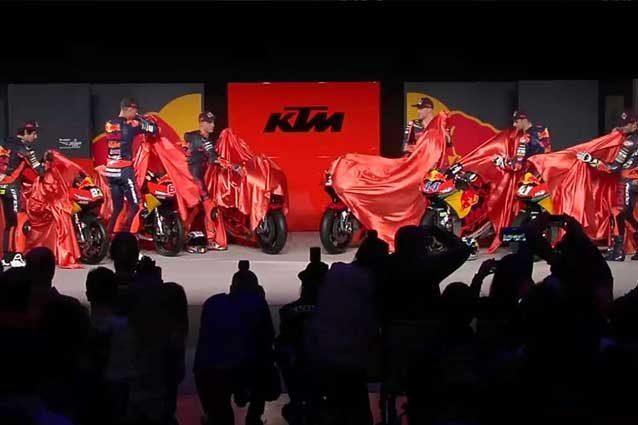 MotoGP: la KTM RC16 ha un look da Formula 1