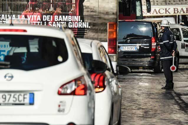 Traffico, Genova settima in Italia: quasi un giorno all'anno fermi in coda