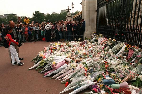 La rivelazione a distanza di anni accadde la notte in cui - Buckingham palace interno ...