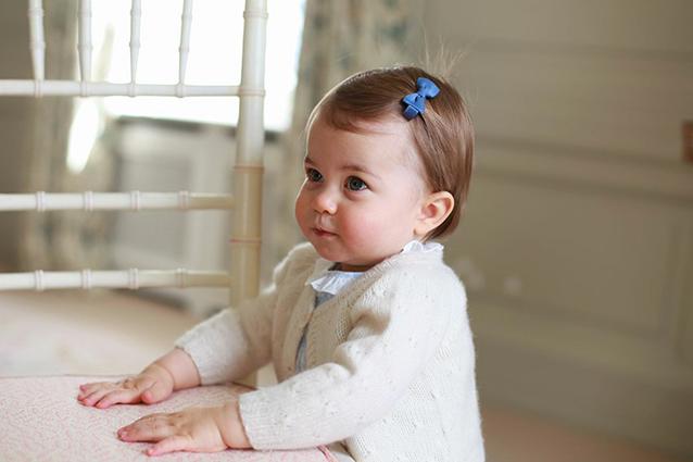 La principessina inglese Charlotte compie un anno, ecco le nuove foto