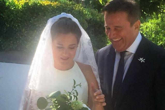 Matrimonio in piazzetta a Capri per la figlia di Christian De Sica
