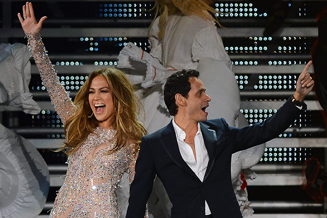 Jennifer Lopez a New York duetta con l'ex marito Marc Anthony