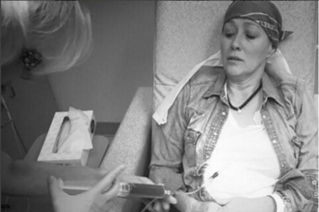 Shannen Doherty, il racconto social della chemioterapia