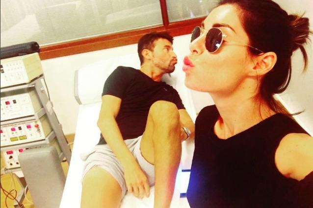 Max Biaggi operato al ginocchio, la ferita su Twitter