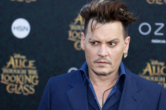 Johnny Depp vende i suoi attici nel centro di Los Angeles