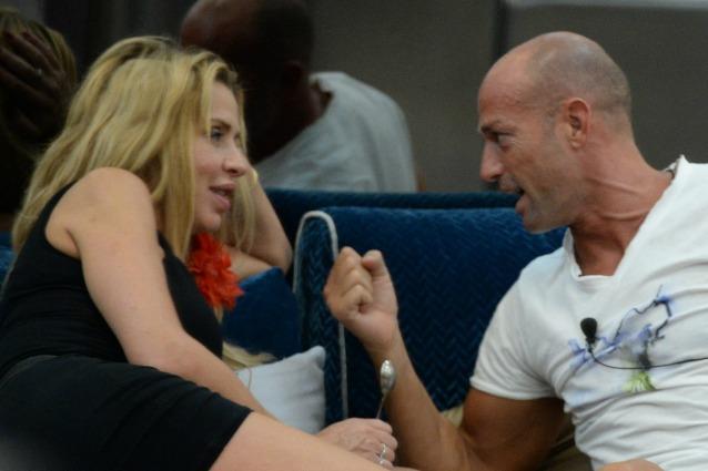Antonella Mosetti e Gennaro non si sono lasciati, parla Salerno Stiamo insieme