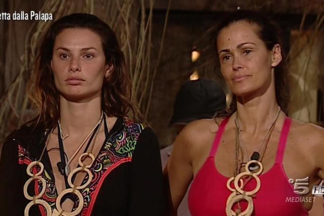 Isola dei Famosi: è nato l'amore tra Moreno e Malena?