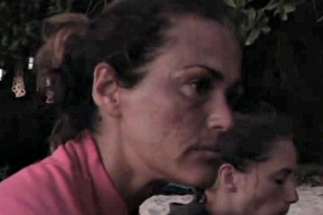 Isola dei Famosi, mosquitos attaccano Samantha De Grenet