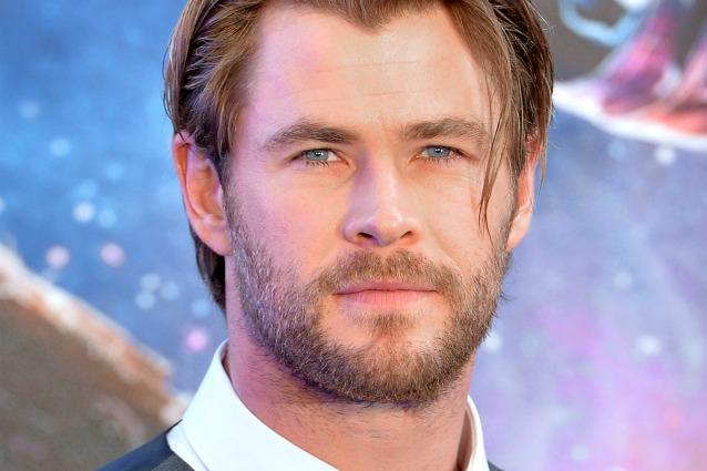 I 10 attori più belli del mondo, da Chris Hemsworth a Michael Fassbender