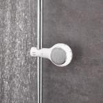 Speaker Aquatunes di GROHE e Philips Sound: per un Natale a ritmo di musica. Questo mini speaker waterproof è a forma di doccino e porterà tanta buona musica direttamente nella cabina doccia del vostro bagno. Iniziare la giornata con una doccia rigenerante ascoltando le news radiofoniche, o seguendo le note delle canzoni preferite, con Aquatunes è un gioco da ragazzi. Questo dispositivo può essere collegato a qualsiasi smartphone e tablet via Bluetooth. Aquatunes è disponibile nel colore bianco, abbinabile facilmente in qualsiasi ambiente bagno, al prezzo di 89,00 euro.