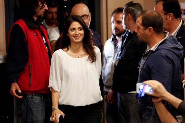 Ballottaggi, Raggi e Appendino sindaci: Sala salva Renzi