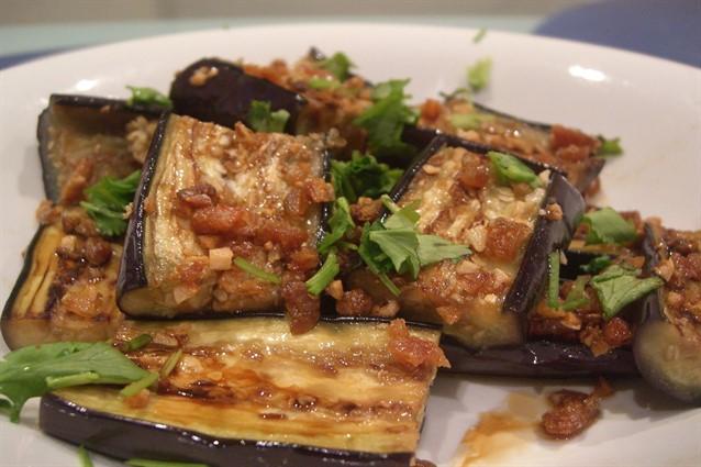 Melanzane in padella la ricetta del contorno gustoso e for Cucinare zucchine in padella