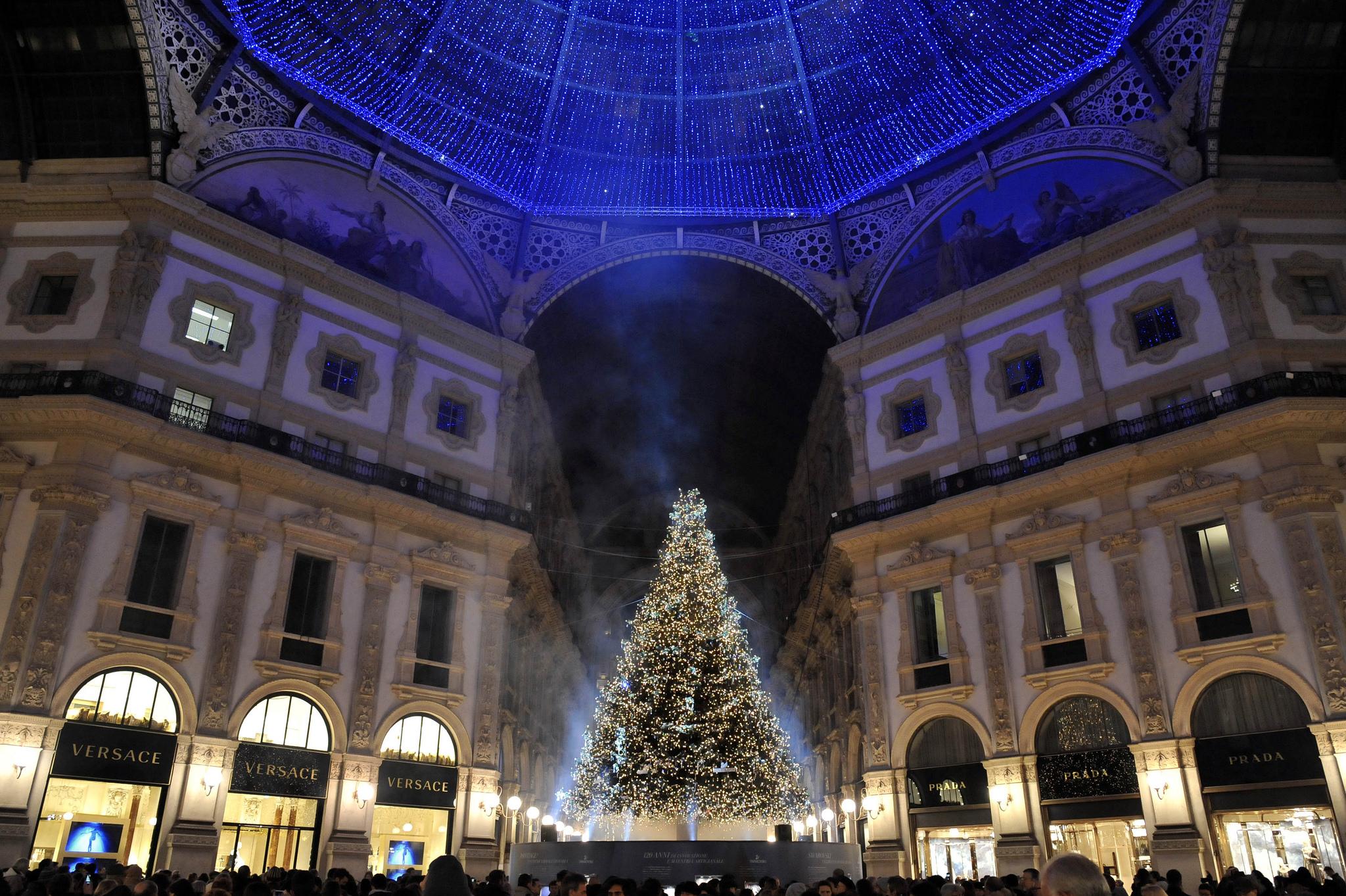 7 dicembre � festivo a milano