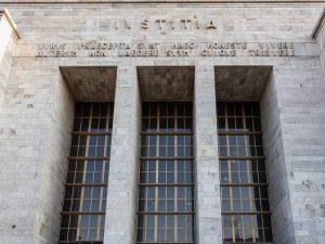 Milano due avvocati sorpresi a fare sesso nel bagno del tribunale - Fare sesso in bagno ...