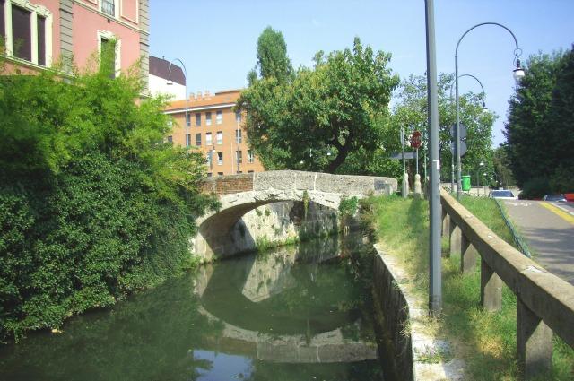 Milano il ponte vecchio di gorla diventa pedonale nei for Naviglio significato