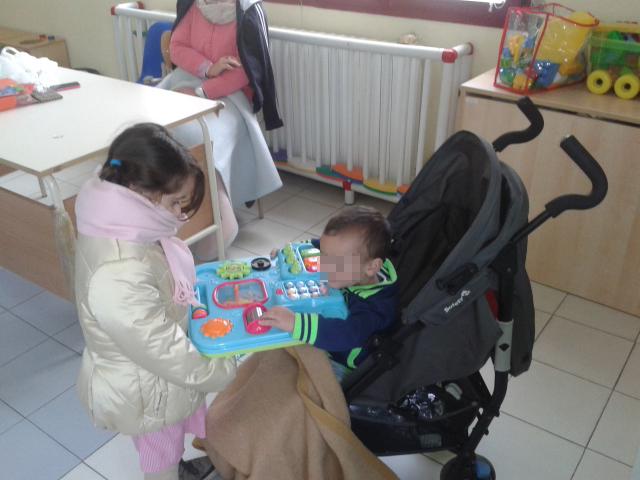Il comune di napoli spegne i termosifoni ma nelle scuole - Dove portare i bambini a napoli ...