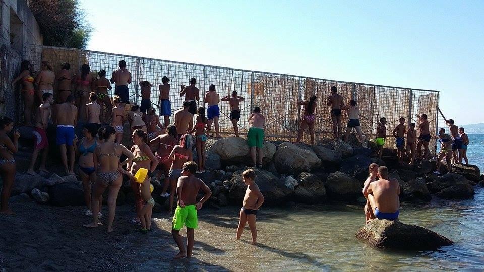 Tragedia a Castellammare: 26enne muore in mare