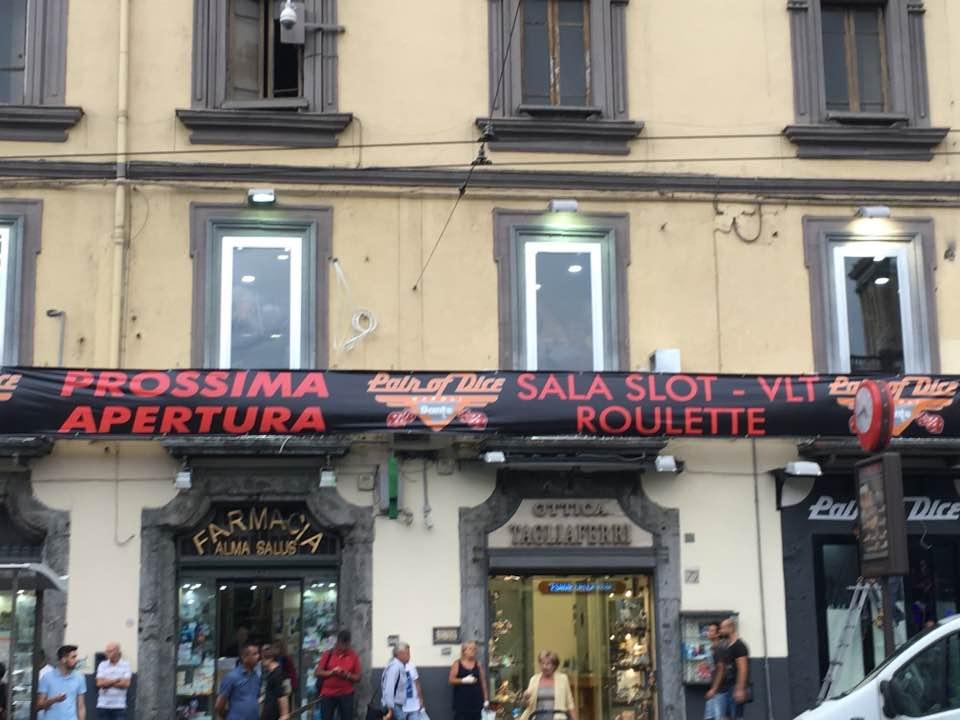 Acli Napoli, no alla sala slot a Piazza Dante