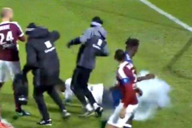 Ligue 1, petardo colpisce Lopes: Metz-Lione sospesa