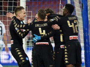 Soffre un tempo, poi dilaga: il Napoli batte lo Spezia e vola ai quarti di Coppa Italia