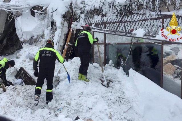 Juventus, cuore Dybala: telefona a due sopravvissuti alla tragedia di Rigopiano