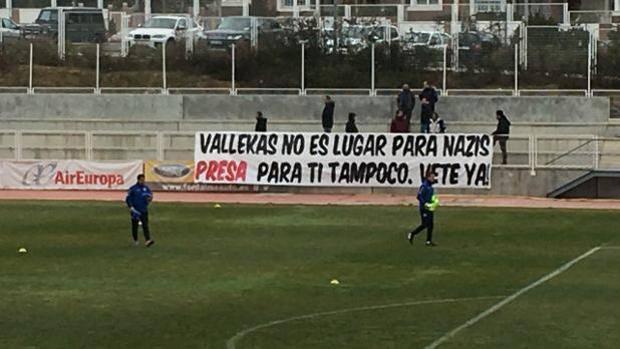 Rayo Vallecano, tifosi 'cacciano' il nazista Zozulya. Giocatore costretto a rescindere