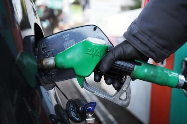Carburanti, continuano gli aumenti sulla rete italaina: gli automobilisti sempre più tartassati