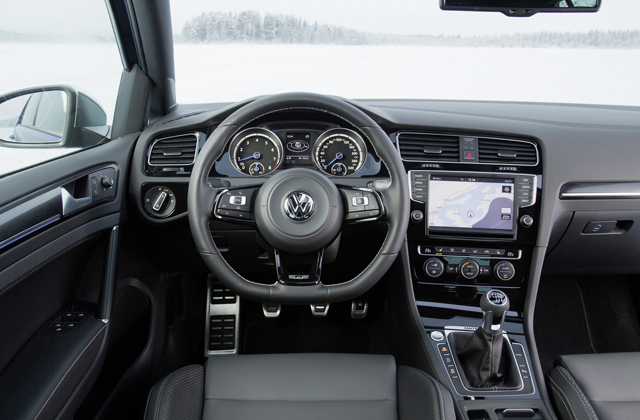 Volkswagen Golf R Line Launched In Britain With 14 Tsi And 20 Tdi Engines 91827 likewise 181752758748 besides 19078 furthermore Seat Ateca Tiguan Espagnol En Direct Du Salon De Geneve 107069 additionally Lp Vw Golf Sondermodelle. on vw golf gti cup
