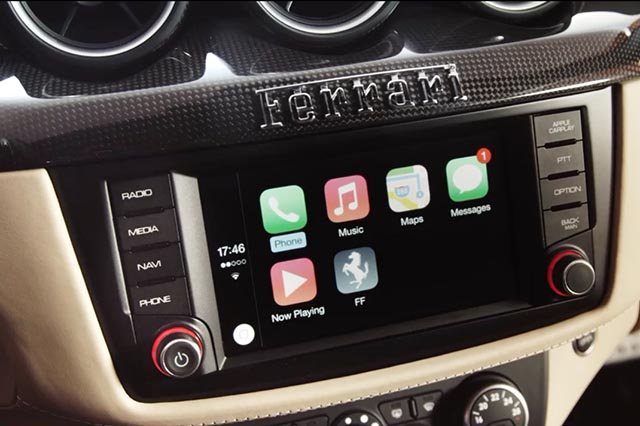 apple carplay esordio su una ferrari ff italiana. Black Bedroom Furniture Sets. Home Design Ideas