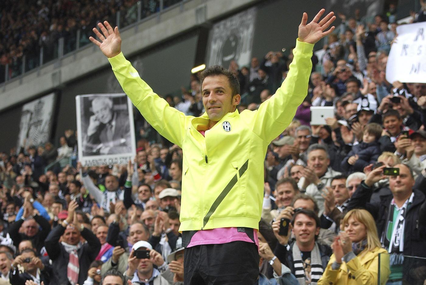 Un anno fa l'addio di Del Piero alla Juventus (VIDEO/FOTO)