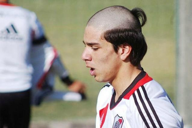 Taglio capelli ultimo dei mohicani