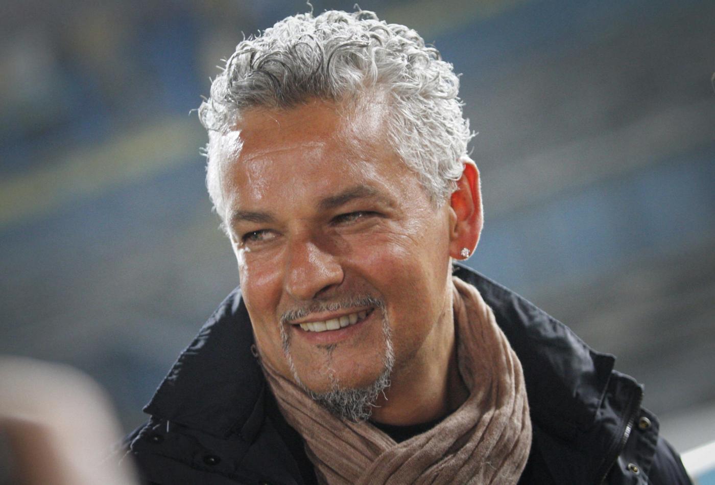 Roberto baggio il mio futuro nel calcio mai dire mai - Una porta nel cielo roberto baggio ...