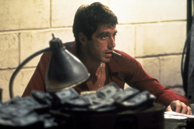 Confermata la scelta (sacrilega) di riproporre una nuova versione del capolavoro di Brian De Palma che lanciò definitivamente Al Pacino nell'Olimpo di Hollywood.