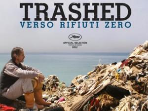"""""""Trashed – Verso Rifiuti Zero"""", a Napoli il film verità con Jeremy Irons"""