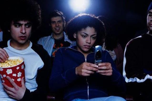 Le 10 cose da non fare al cinema