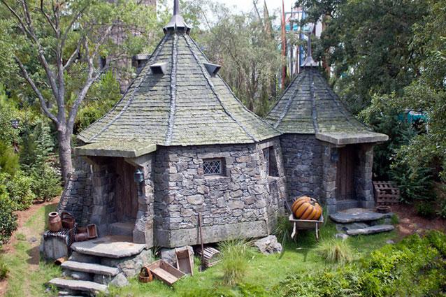 La casa di hagrid esiste davvero jk rowling la costruir for La casa nel laghetto