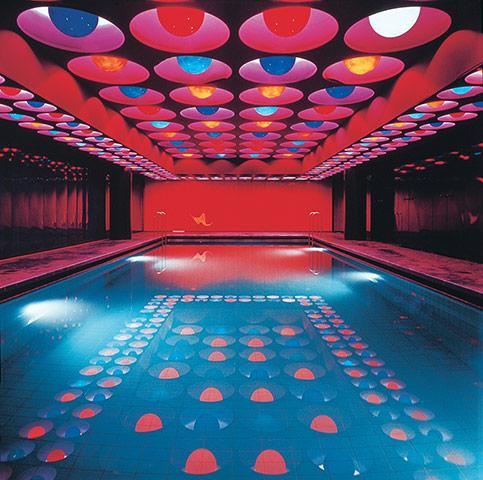 Pop art design quando l 39 arte incontra il design for La piscina 1969