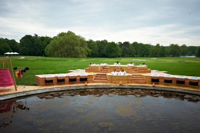 Chamarande les bains a parigi il bagno si fa nel parco for Ibiza a maggio si fa il bagno