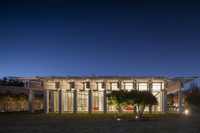 Renzo Piano amplia il Kimbell Art Museum di Louis Kahn