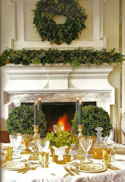 La tavola natalizia idee per decorazioni semplici ed eleganti for Decorazioni tavola natale idee tavola natale