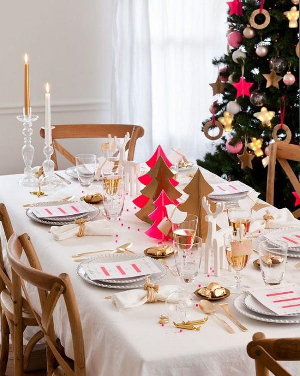 La tavola natalizia idee per decorazioni semplici ed eleganti for Table de noel traditionnelle