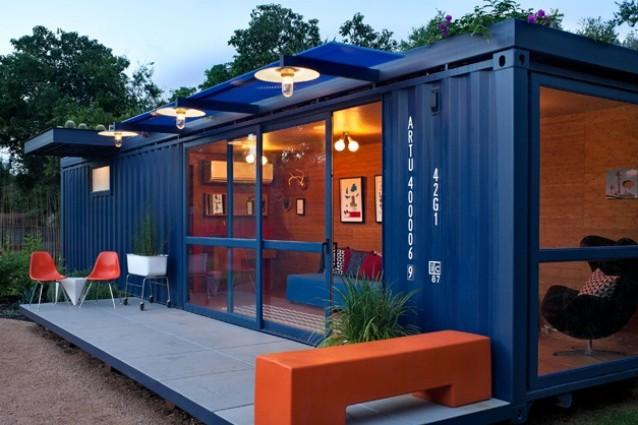 Container Guest House: un vecchio container diventa rifugio per gli ospiti