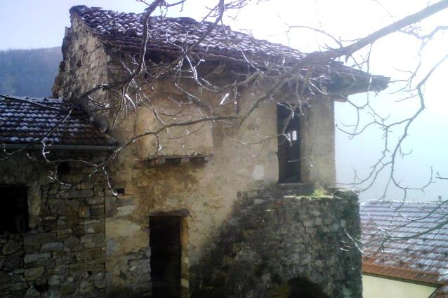 Case ad 1 euro se le restauri ecco i comuni d 39 italia che vendono - Come comprare casa senza soldi da parte ...