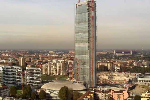 milano la torre isozaki il grattacielo pi alto d 39 italia
