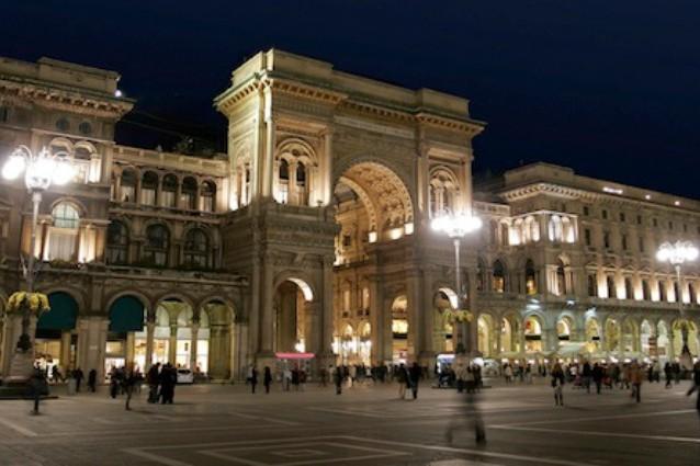 Milano, ecco la prima città italiana illuminata a LED