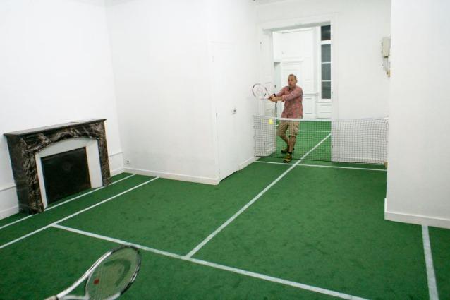 Tennis in appartamento ecco la casa che diventa campo for Appartamento design per la casa